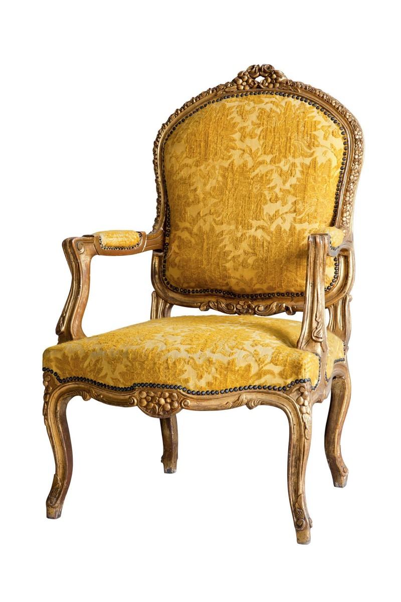 Sedia antica in velluto a rilievo